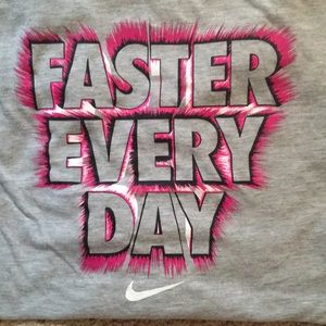 Nike Shirts & Tops - Nike Girls Long Sleeve Shirt
